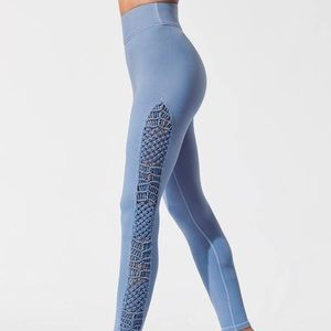 Carbon38 Tanjung Dusty Blue Macrame Leggings Sz S